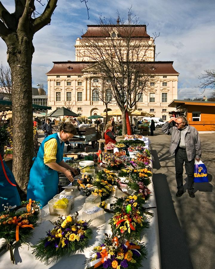 Bauernmarkt Kaiser-Josef-Platz in Graz ...