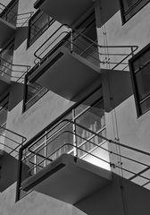 'bauhaus' balcony