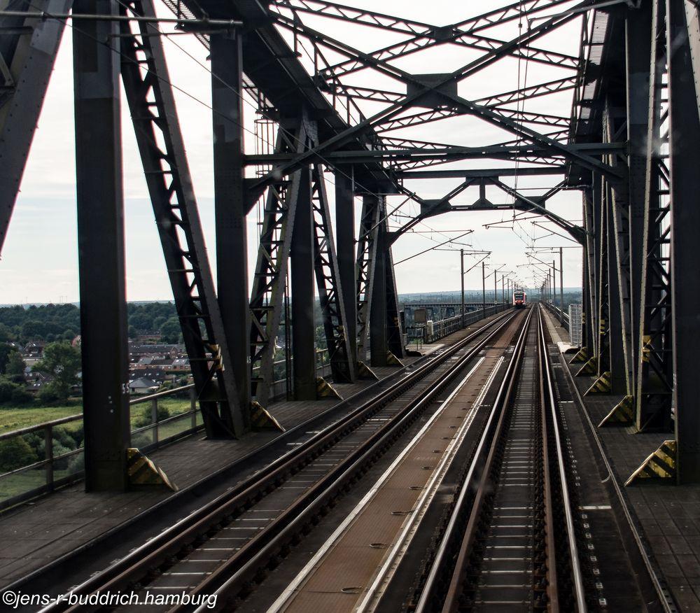 Baureihe 445 auf der Hochbrücke in Rendsburg