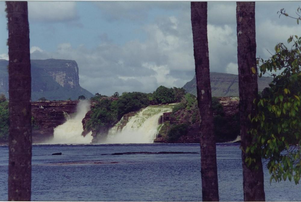 bay of canaima