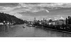 """Bayrische Impressionen """" Blick auf Passau, von der Schanzbrücke """""""