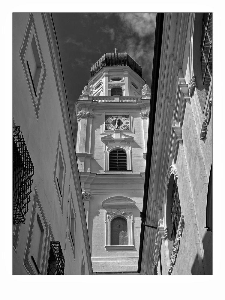 """Bayrische Impressionen """" Passau - der Blick zum Dom - St. Stephan aus meiner Sicht """""""
