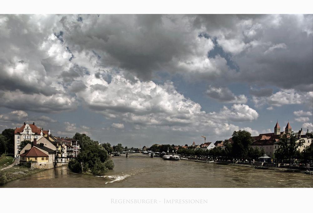 """Bayrische Impressionen """" Regensburg, der Blick von der Steinernen Brücke """""""