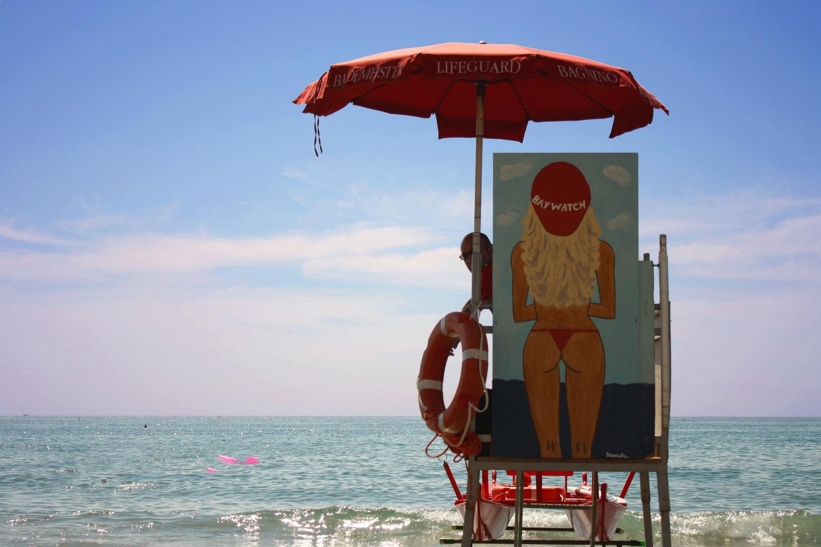 Baywatch am Strand von Alassio....