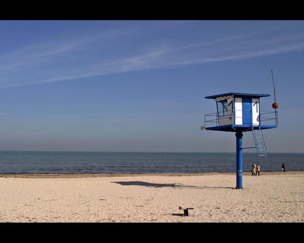 Baywatch in blue