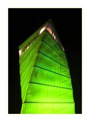 BBI Info Turm bei Nacht I