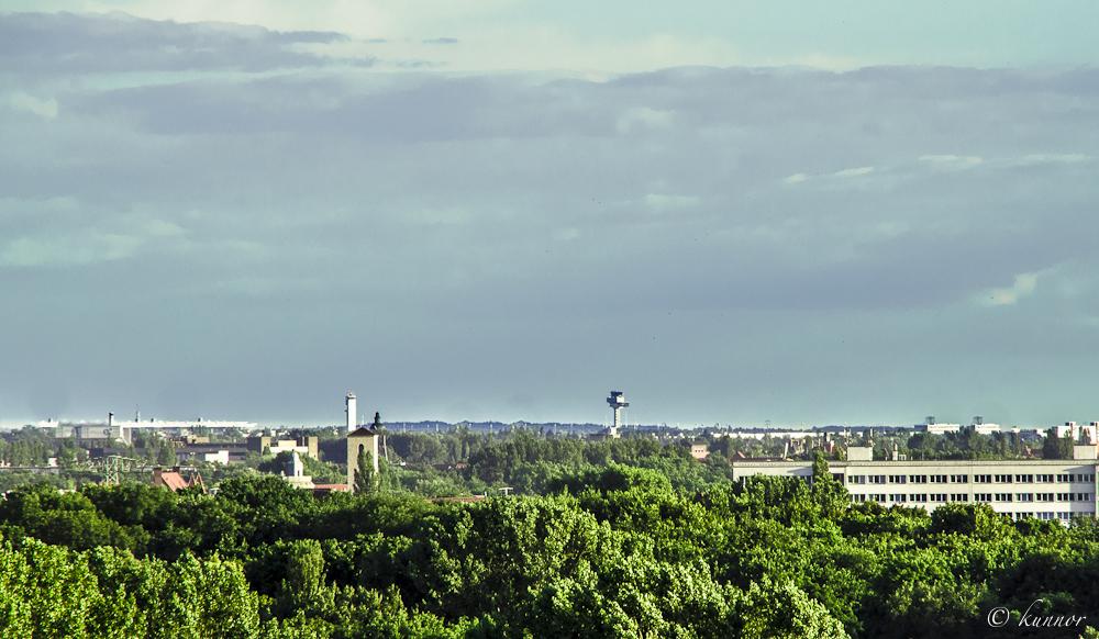 BBI Tower aus der Ferne