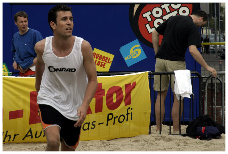 Beach Volleyballer ...