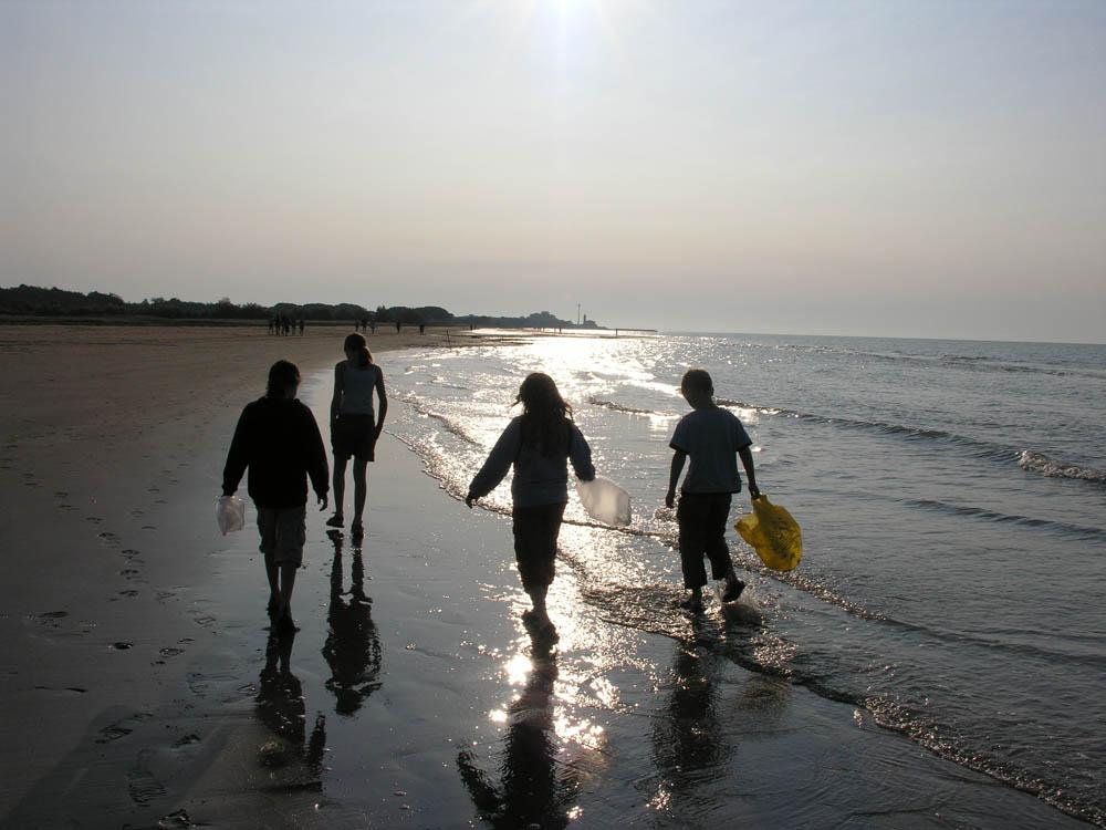 beachhiking