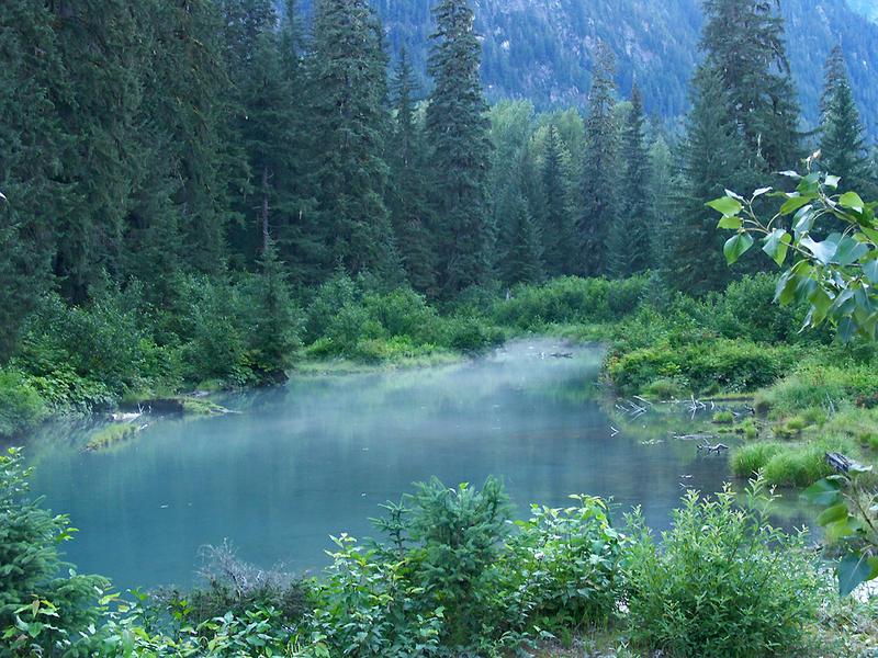 ... beautiful lake in Hyder ...