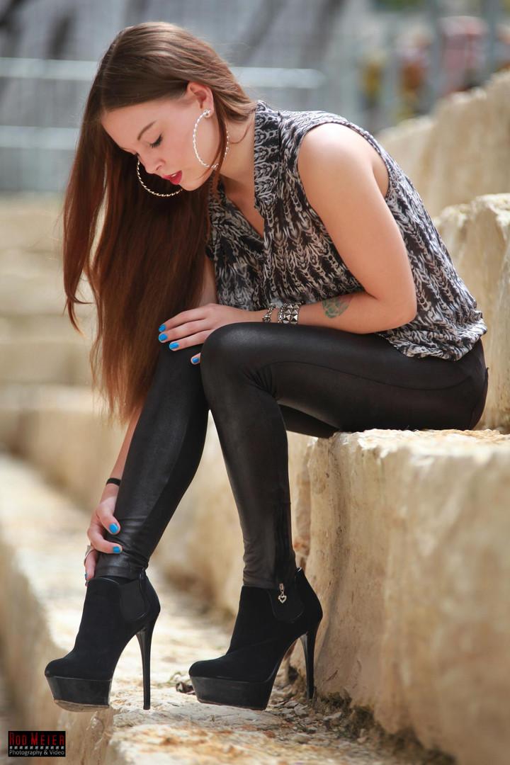 Beauty & Legs..