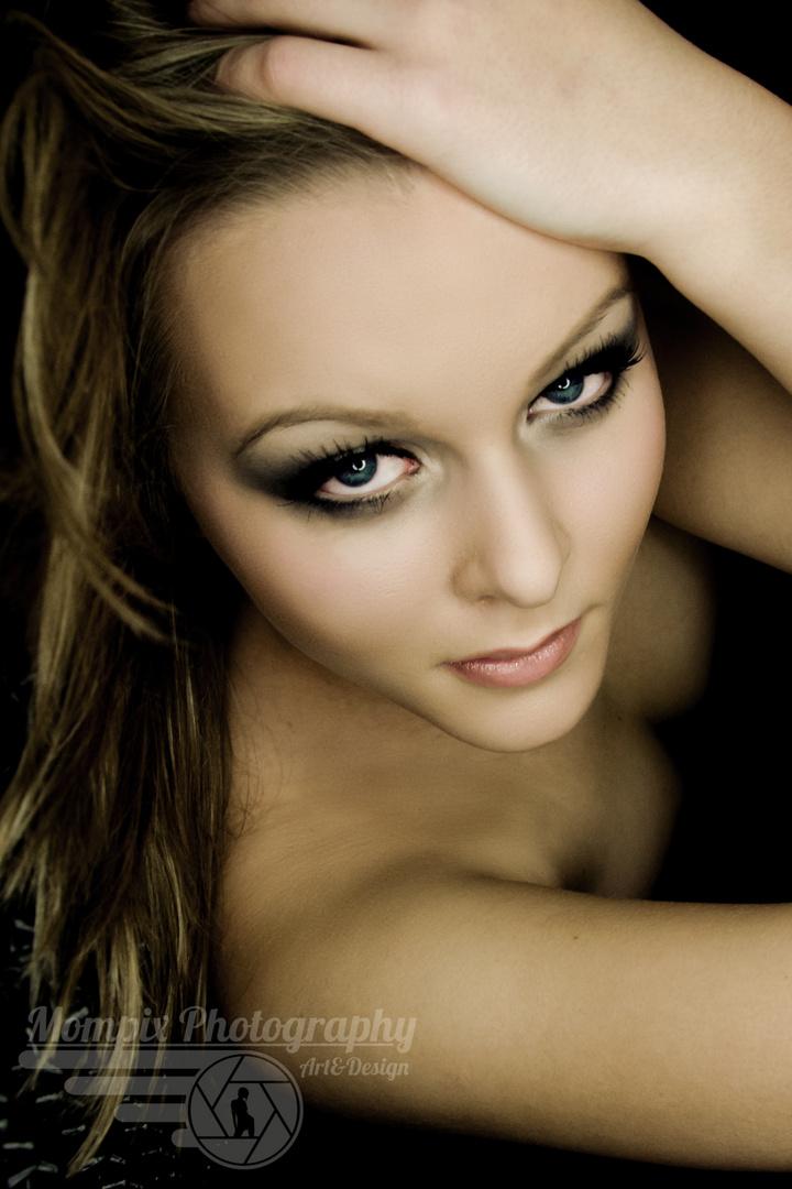 Beautyful Vivien Portrait 4