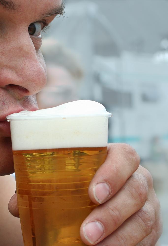 Beeilung damit das Bierfass leer wird (nur wegen des Trommeln's natürlich)
