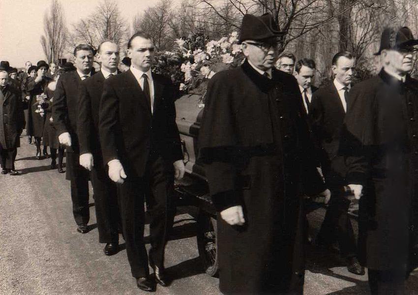 Beerdigung des Firmenchefs