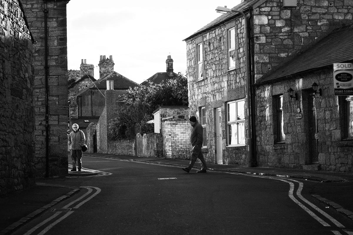 Begegnung im Dorf
