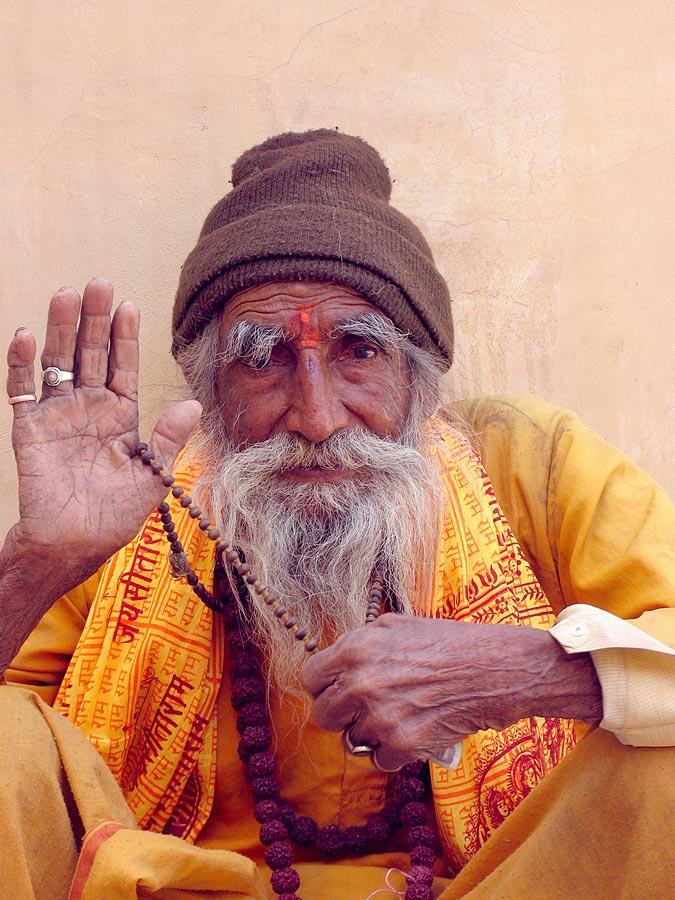Beggar at the entrance of Fort Amber, Jaipur