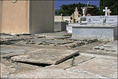 ". . . begraben auf santorin [8] . . . ""kreuzgang"" . . ."