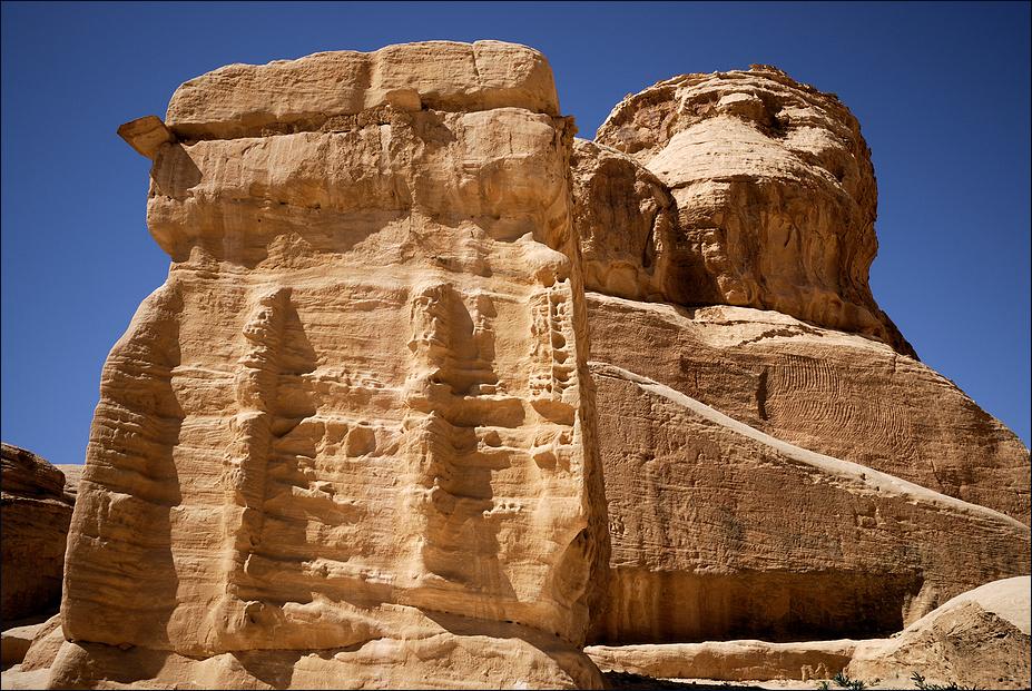 behauen-und-verwittert-1-petra-jordanien-aa02a6a6-d983-4eb1-a6f1-f4ca14197b99.jpg?width=1000