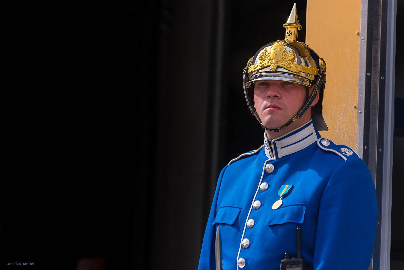 behütet im Auftrag seiner Majestät