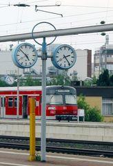 Bei der Bahn gehen die Uhren anders.