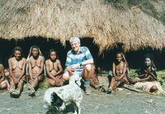 Bei einem Dani- Stamm im Hochland von Irian Jaya