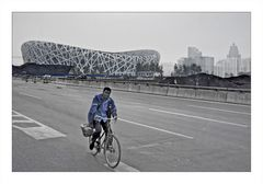 Beijing: Building the Bird's Nest - Vogelsnest unter Konstruktion