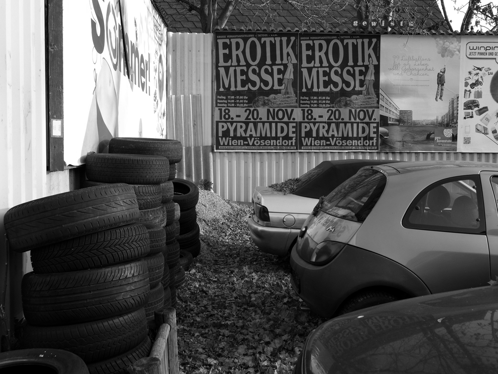 Beim Reifenhändler