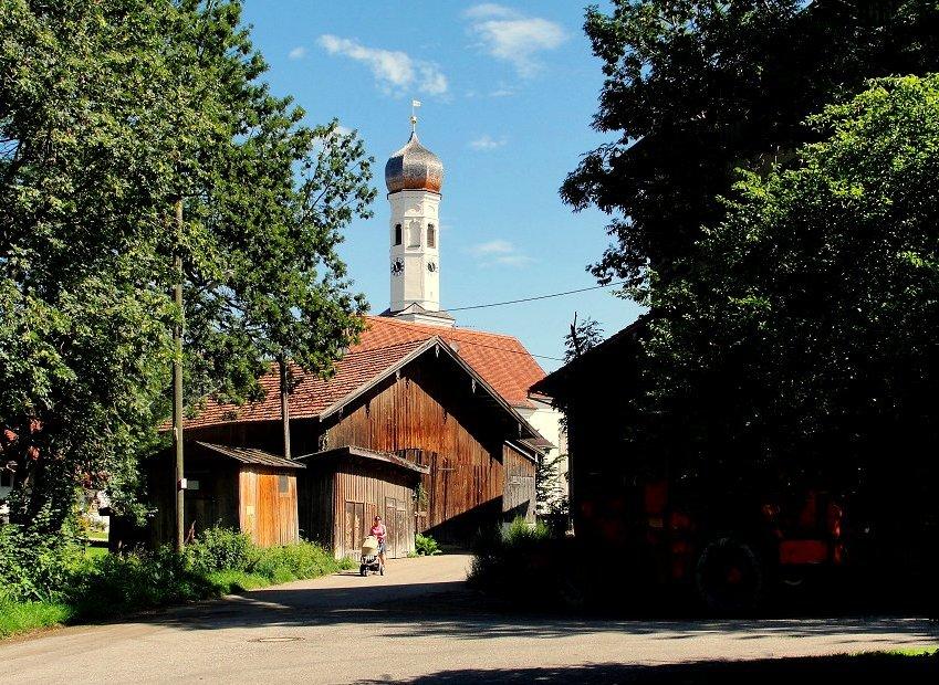 Beinah-Bayerisches-Museumsdorf-Idyll