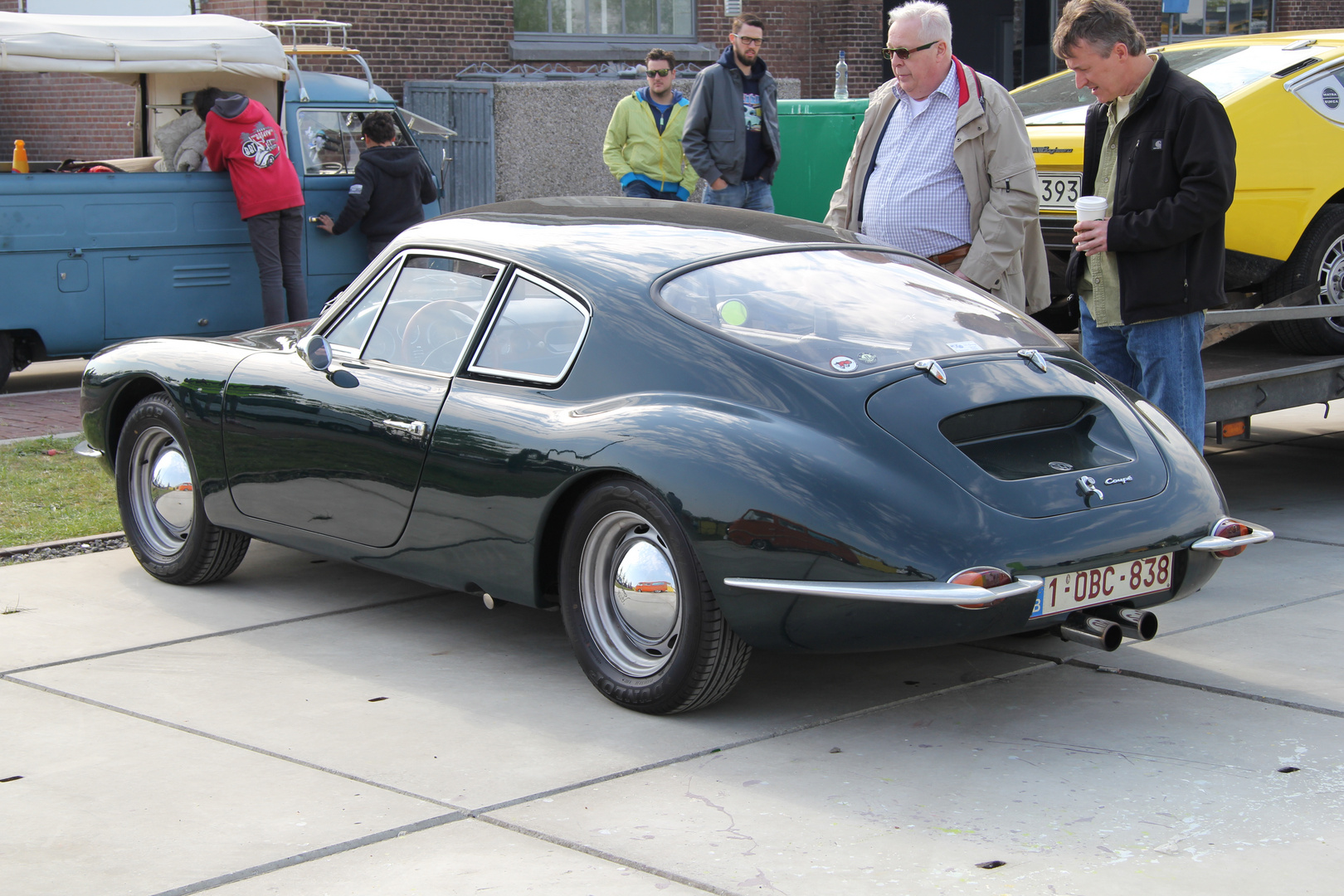 Auto Mit Sportlicher Karosserie : belgisches auto mit kunststoff karosserie foto bild ~ Watch28wear.com Haus und Dekorationen