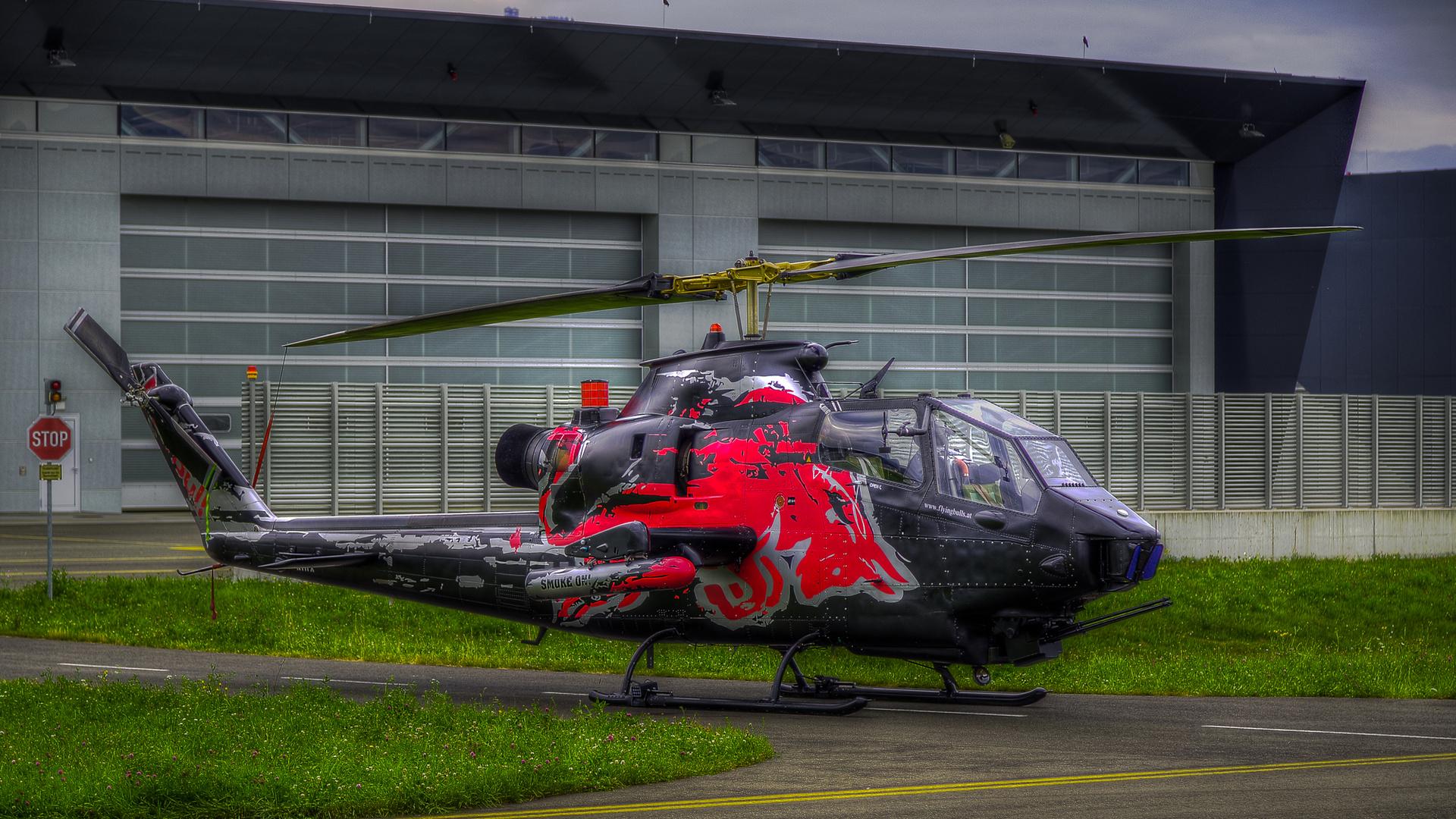 Bell AH-1 Cobra HDR
