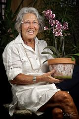 "Belumte Beblumte* – ""Eine Dame mit Phalaenopsis"""