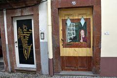 Bemalte Türen in Funchal auf Madeira (2)