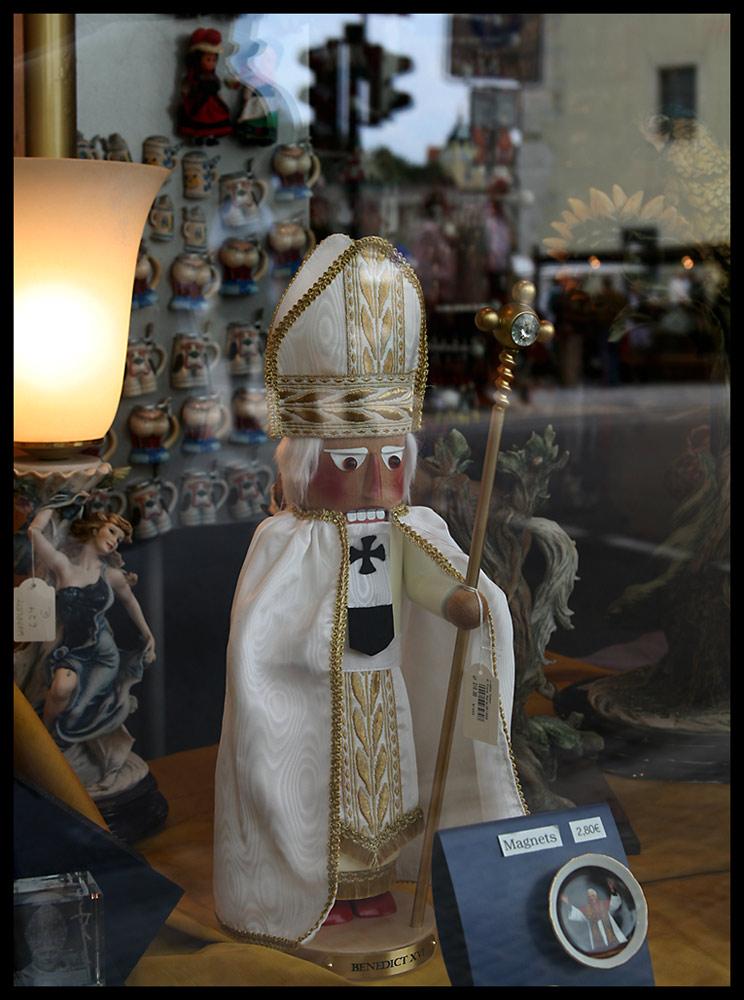 Benedict XVI für 210 €
