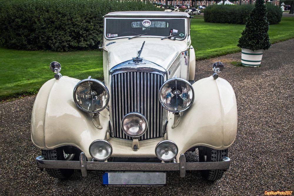 Bentley 4,25 Litre DHC und Saloon GB 1937, 1938 bei Classic Cars Schwetzingen
