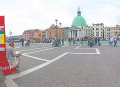 Benvenuti a Venezia - in treno