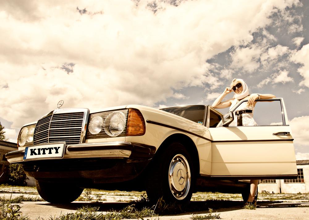 Benz Babe 01