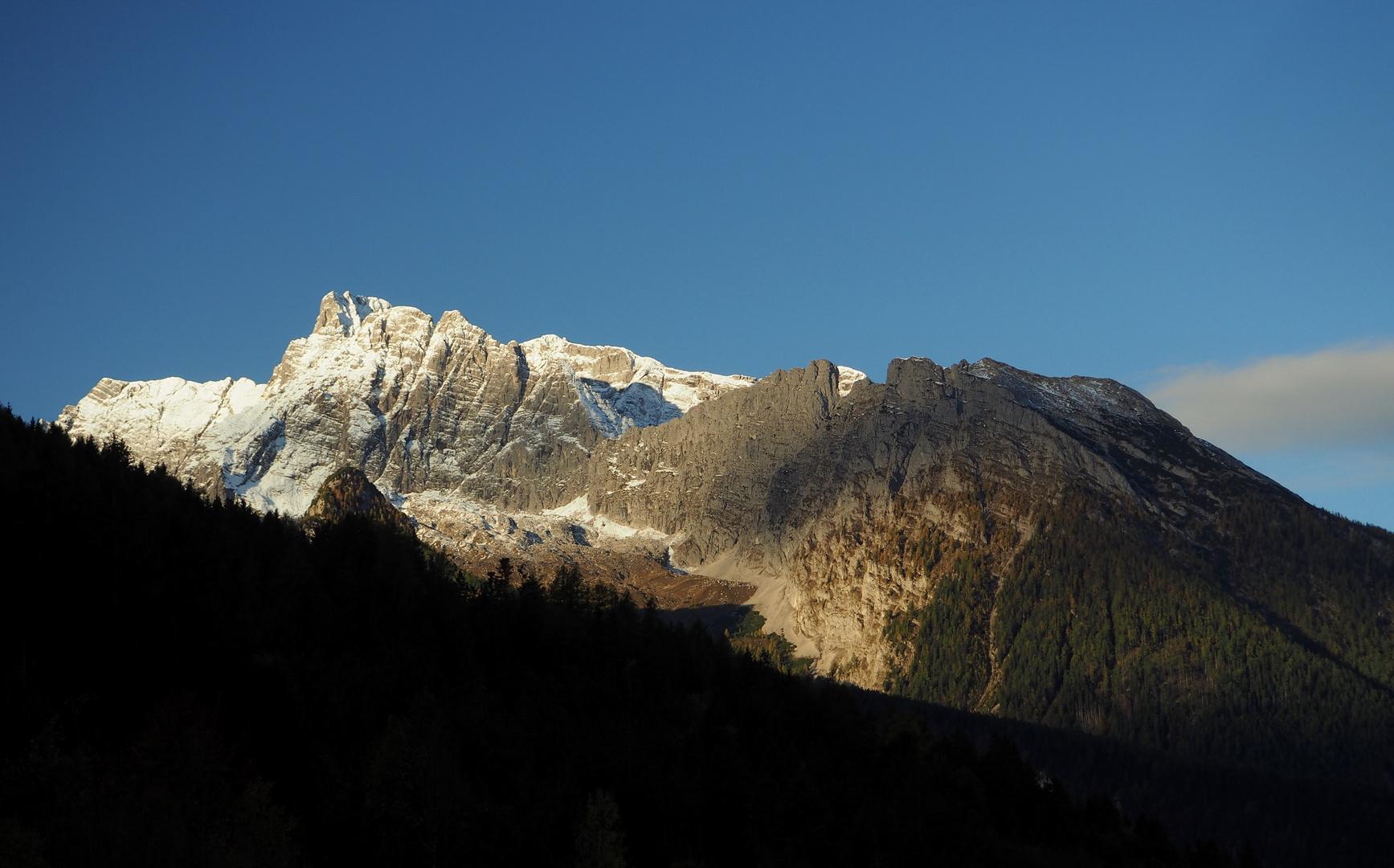 Berg im Morgengrauen
