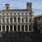 Bergamo, Piazza Vecchia, biblioteca A.Mai
