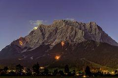 Berge in Flammen III ...