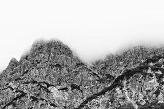 Berge mit keinem Himmel