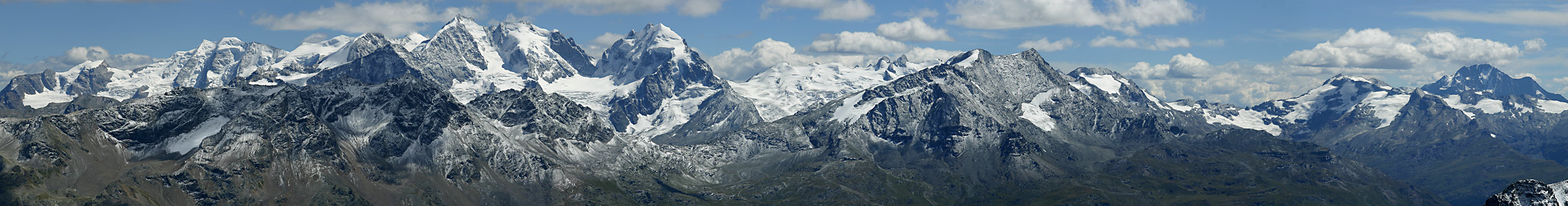 Berge und Gletscher der Bernina-Alpen
