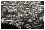Bergen sentrum og fjellsiden ...