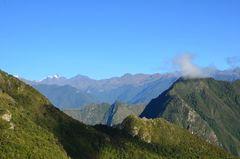 Berglandschaft um Machu Picchu am Morgen