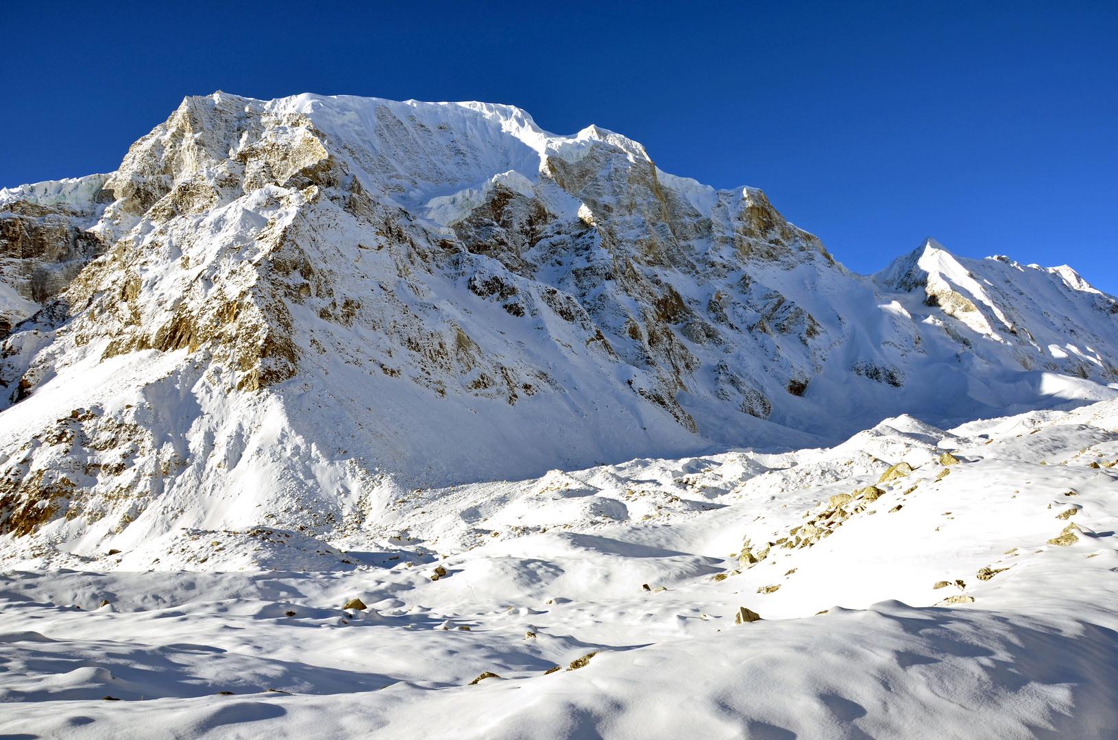 Bergpanorama auf dem Weg zum Larke Pass