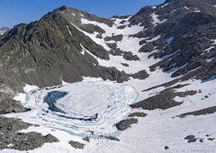 Bergsee im Juli...