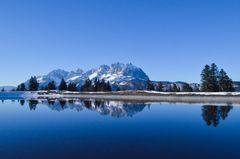 Bergsee im Skigebiet St. Johann (Tirol, Österreich)