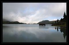 Bergsee mit Bootshaus