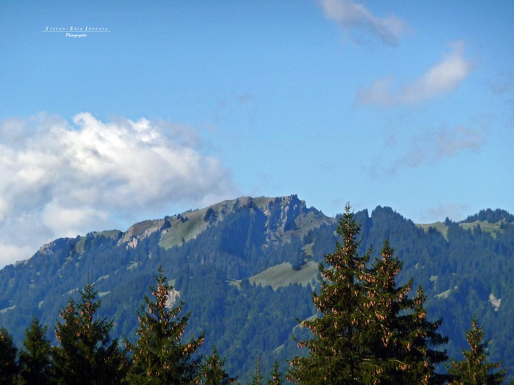 """'""""Bergtour Grünten mit Blick auf eine der Nachbargipfel"""""""