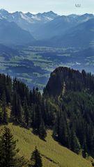 """Bergtour Grünten mit Weitblick am Rundfunkturm"""
