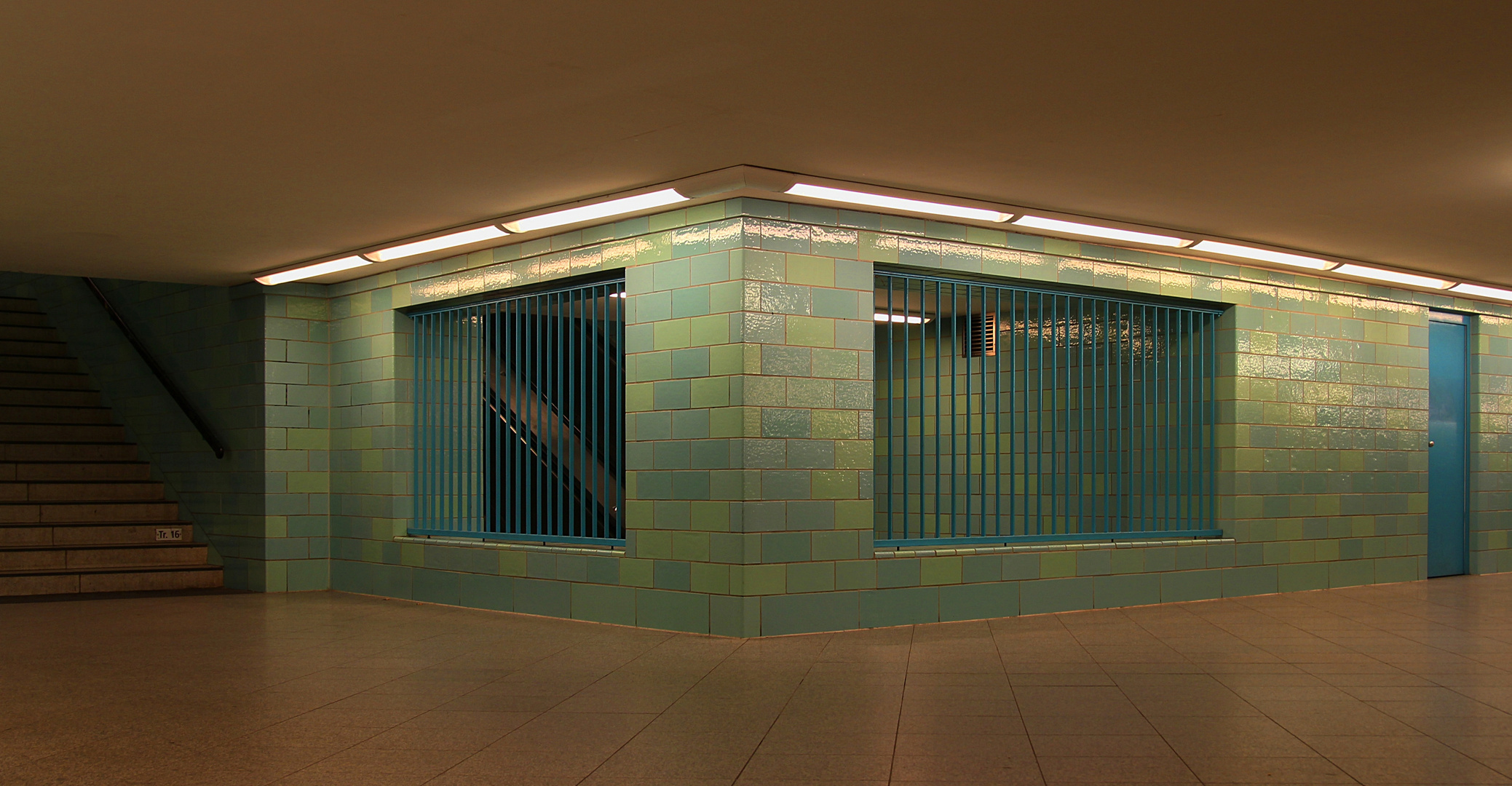 Berlin #6 - U-Bahnhof Alexanderplatz #2
